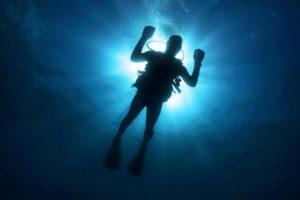 diver-108881_1280